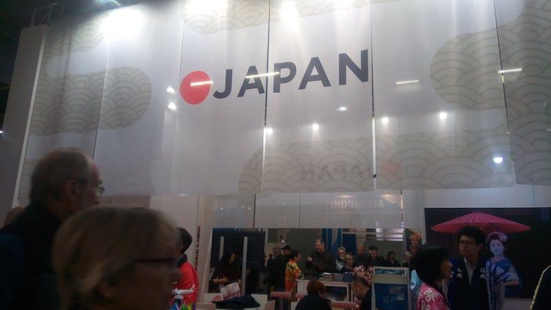 ▲大きなのれんが目を引く日本のブース