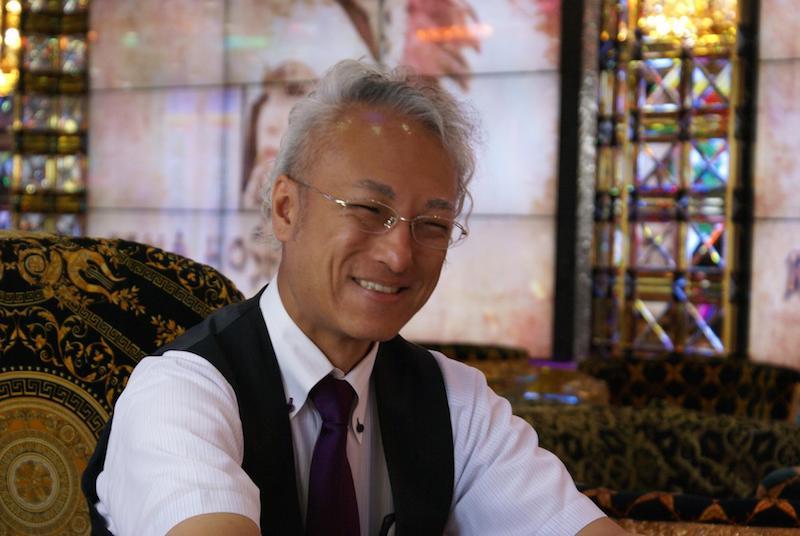 笑顔の田中氏