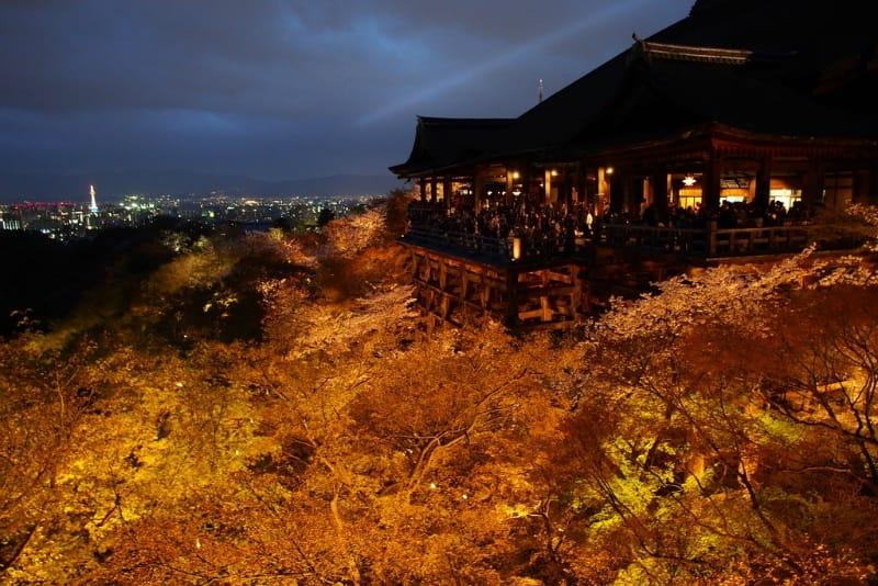 インバウンド人気観光地ランキング6位「清水寺」の人気の理由・インバウンド対策とは