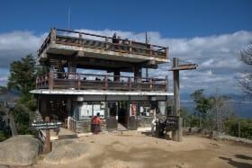 インバウンド人気観光地ランキング24位「弥山」の人気の理由・インバウンド対策とは